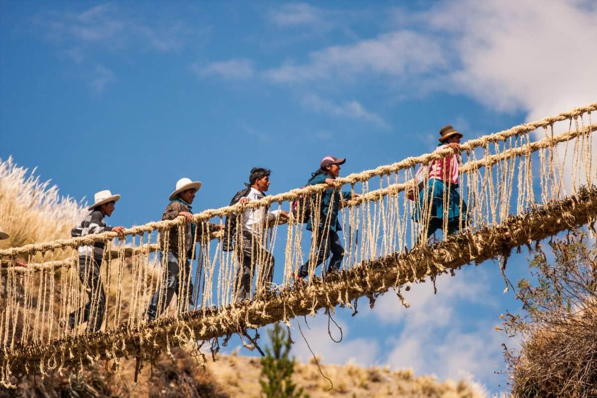 qeswachaka-rope-bridge-closeup
