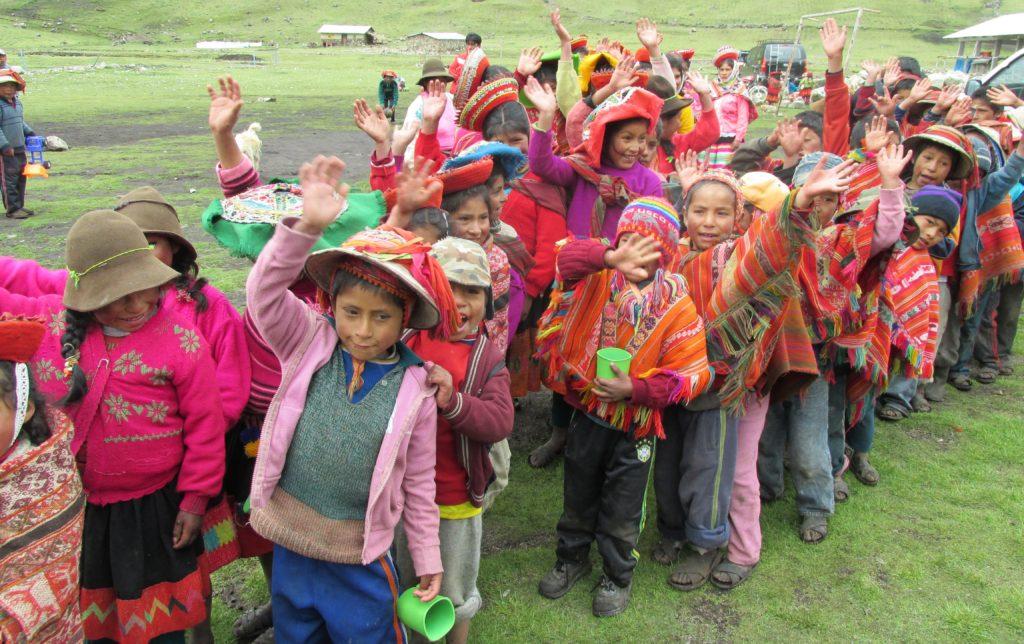 andean-kids-in-peru
