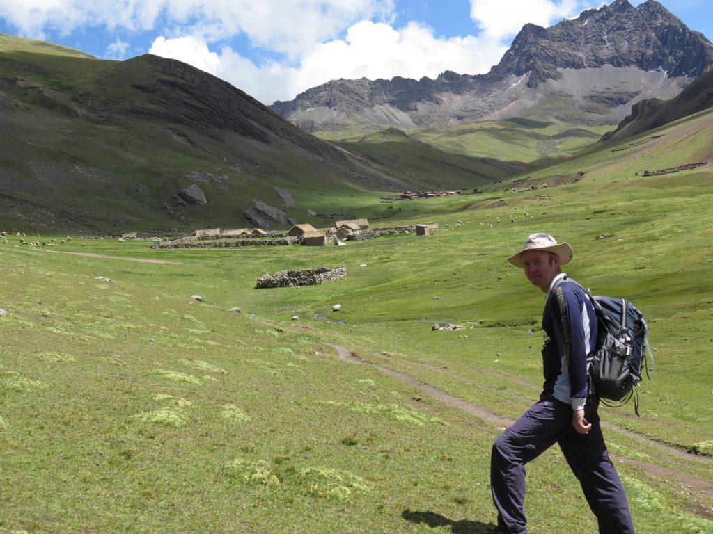 rainbow-mountain-hike-kairahuiri