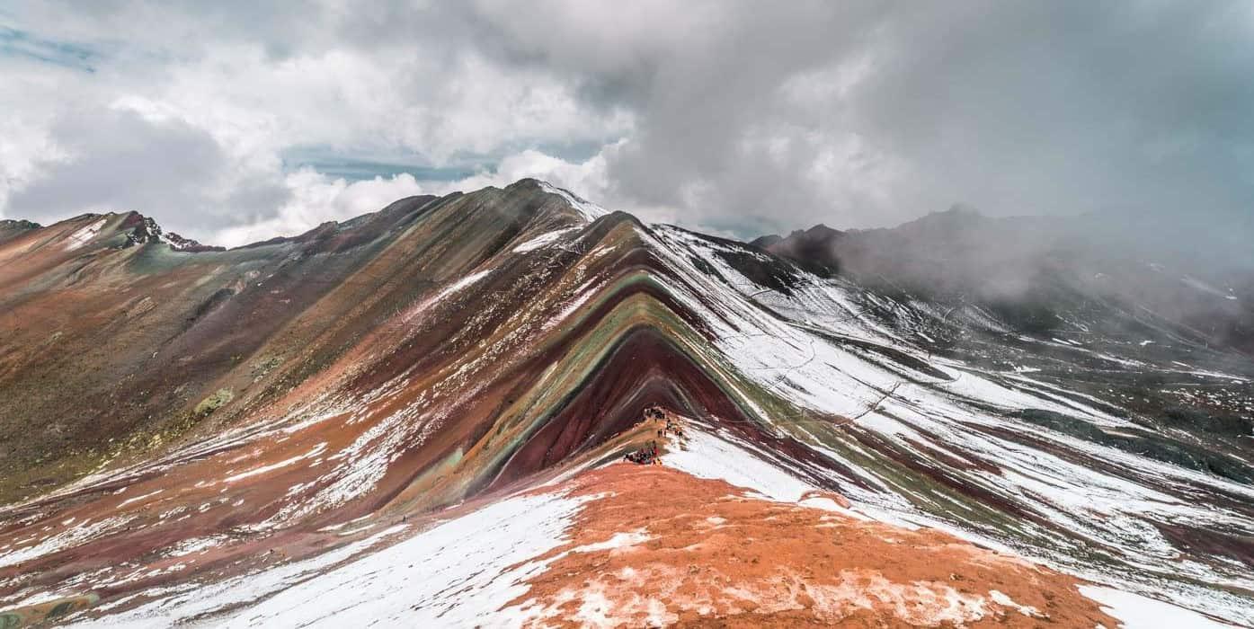 Rainbow-Mountain-peru-hike