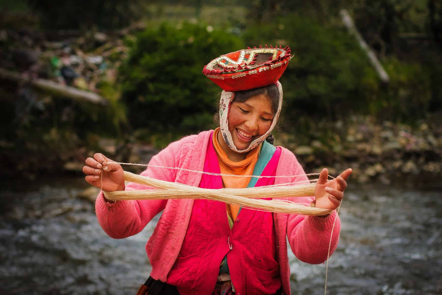 Threads of Peru weaver
