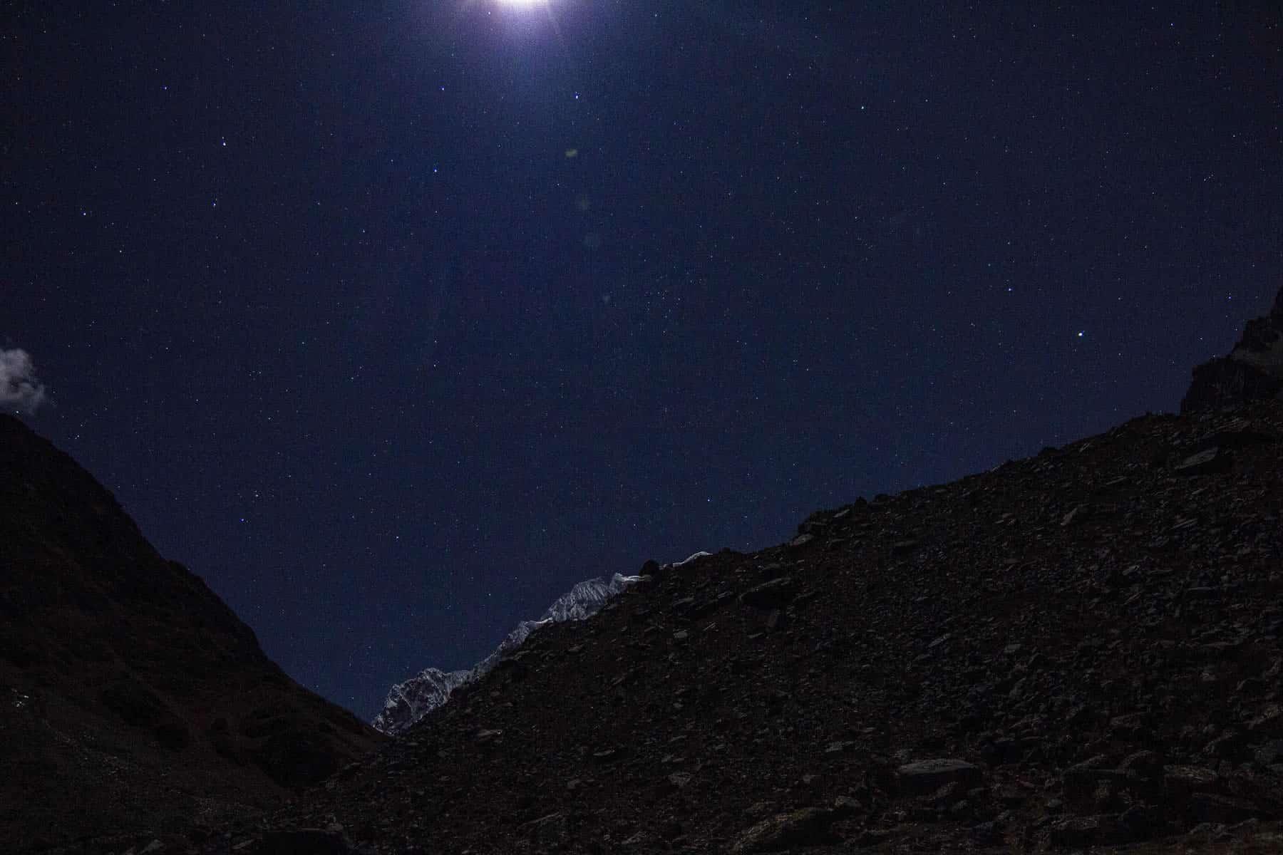 Salkantay-trek-at-night