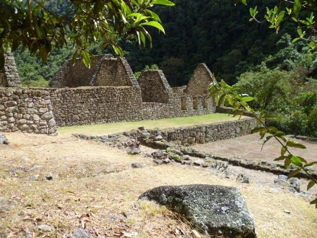 Short Inca Trail Chachabamba ruins