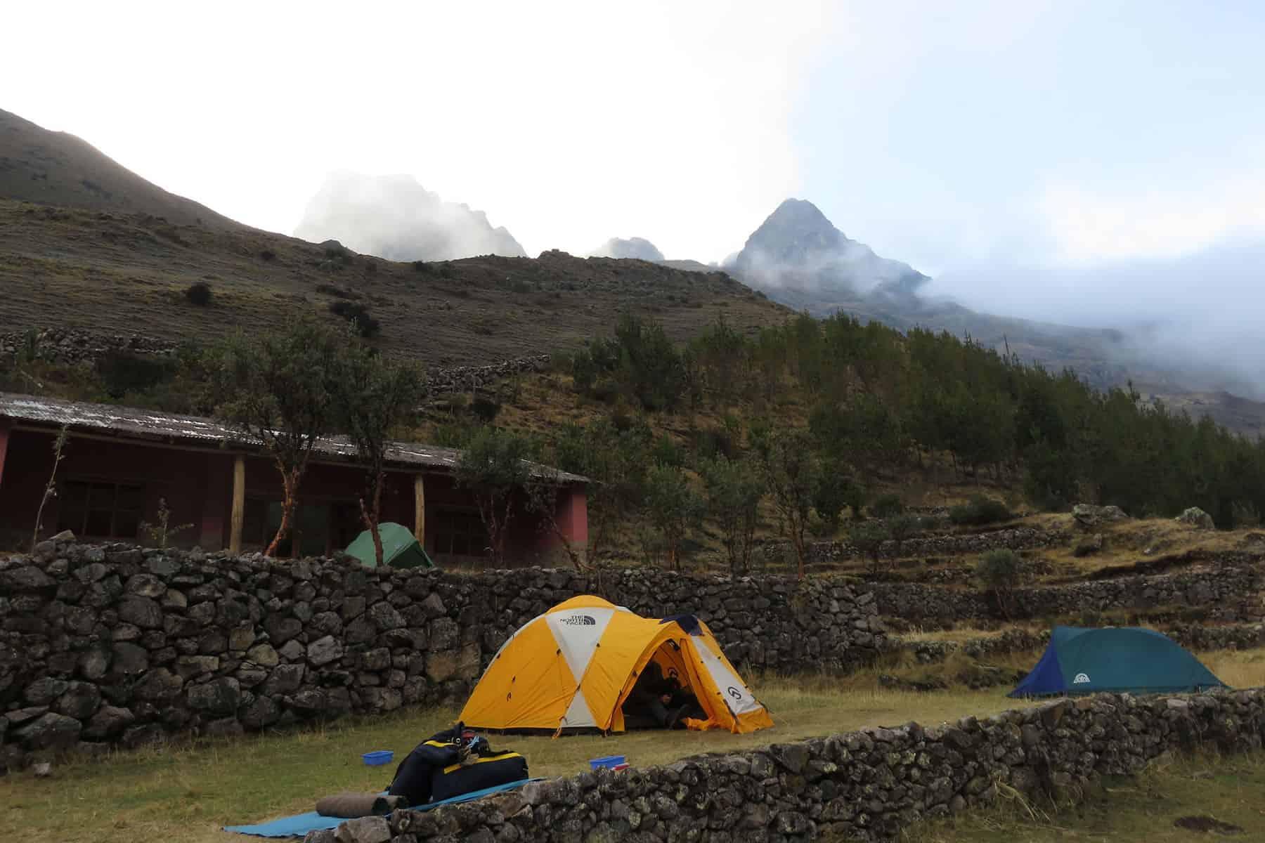 Lares trek camping