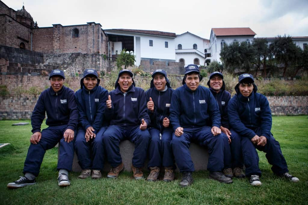 Apus Peru porters group
