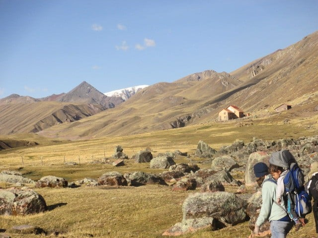 Andean lodges trek with kids