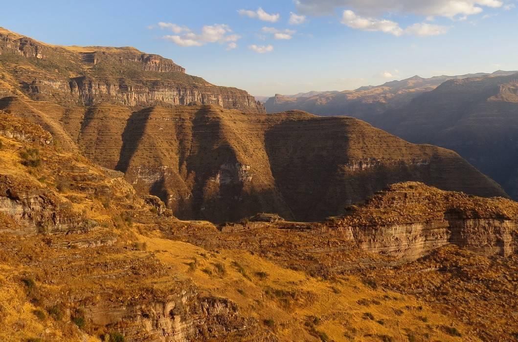 waqrapukara-landscape