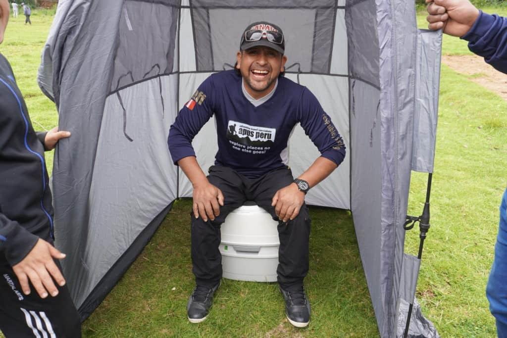 toilet-tent